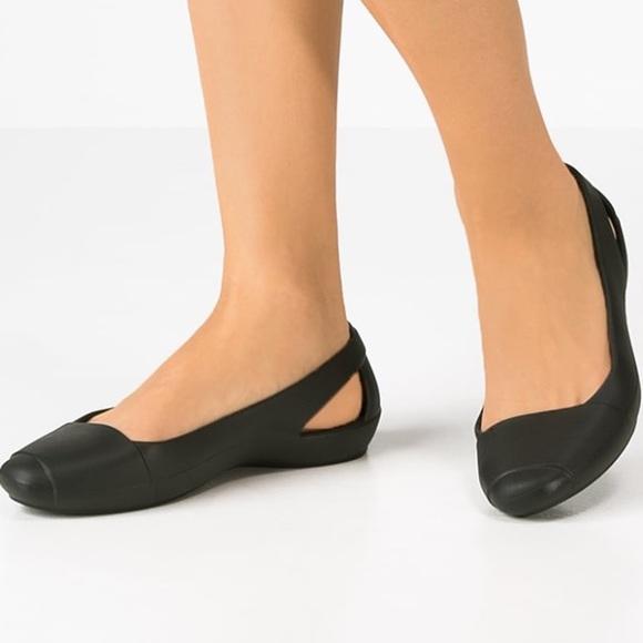 5de2103158 CROCS Shoes | Sienna Ballet Flat Size 8 | Poshmark